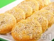 Рецепта Бързи и вкусни соленки с извара, масло, сусам, къри и чесън